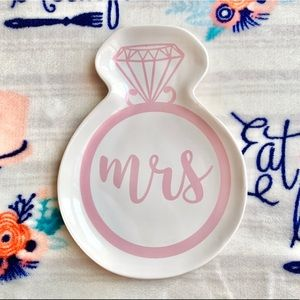 Other - 🥀 Mrs Ring / Jewelry Trinket Dish 🥀